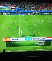 Oranje vernedert Spanje